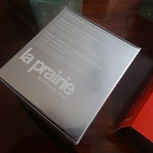 Other - La Prairie Luxe Eye Lift Cream 20ml